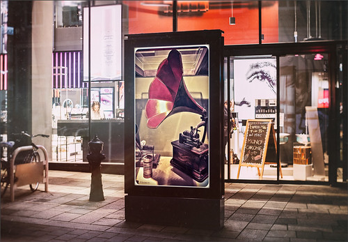 Image of a mockup with a gramophone on a sign