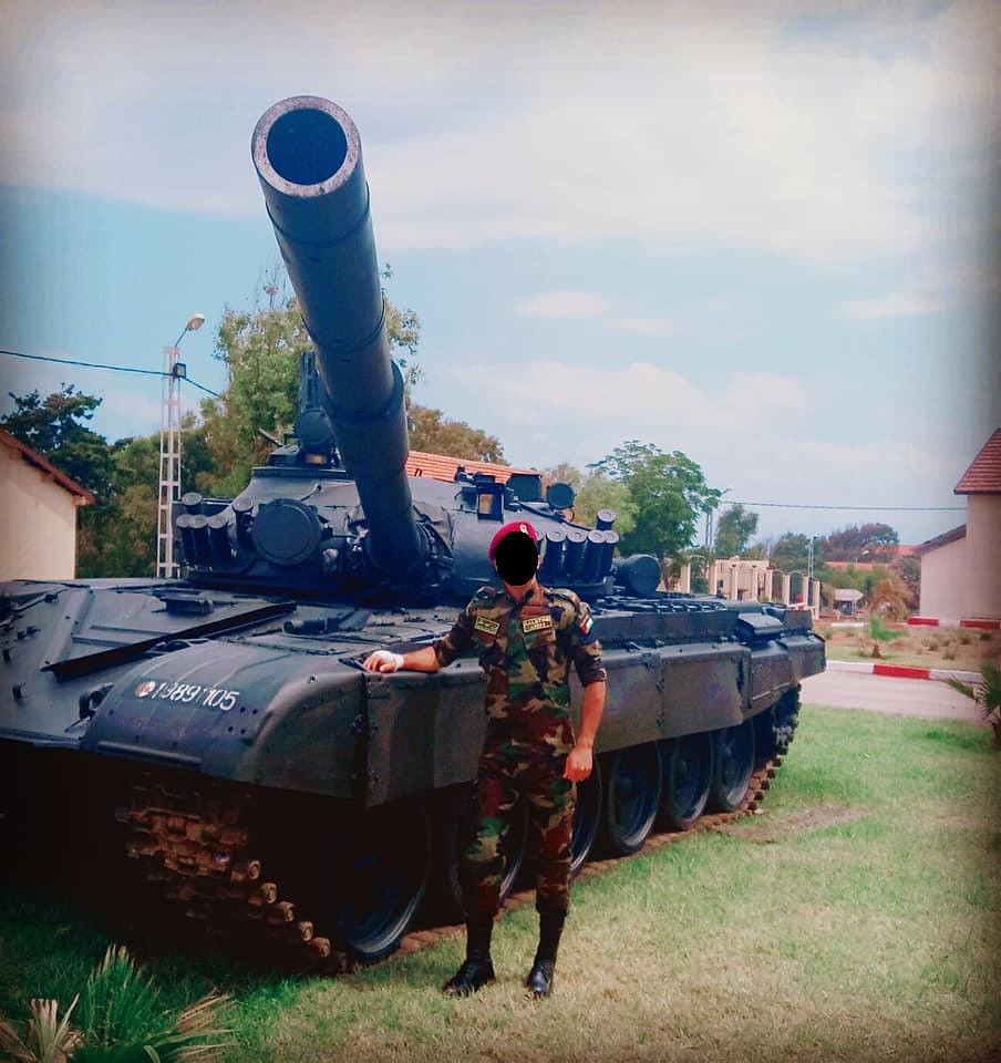 صور دبابات قتال رئيسية الجزائرية T-72M/M1/B/BK/AG/S ] Main Battle Tank Algerian ]   - صفحة 4 46953431835_5d8b2b24e1_b