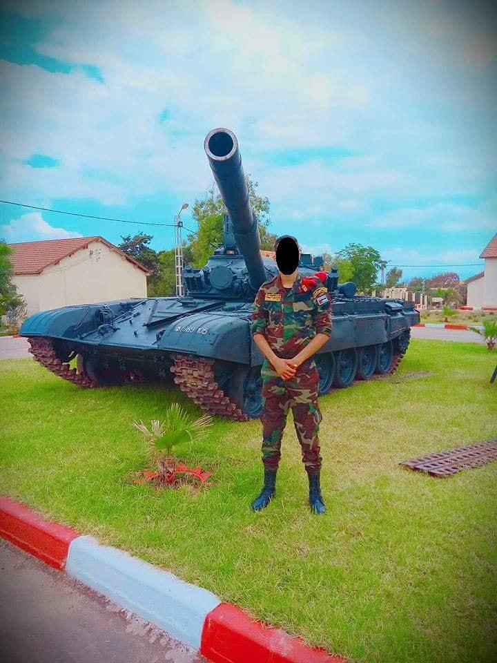 صور دبابات قتال رئيسية الجزائرية T-72M/M1/B/BK/AG/S ] Main Battle Tank Algerian ]   - صفحة 4 46953432365_a4bc392bdc_b