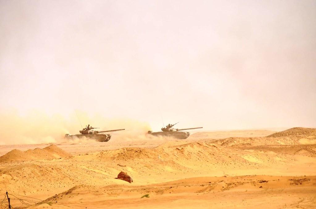 صور دبابات قتال رئيسية الجزائرية T-72M/M1/B/BK/AG/S ] Main Battle Tank Algerian ]   - صفحة 5 46953433885_78db8b117a_b