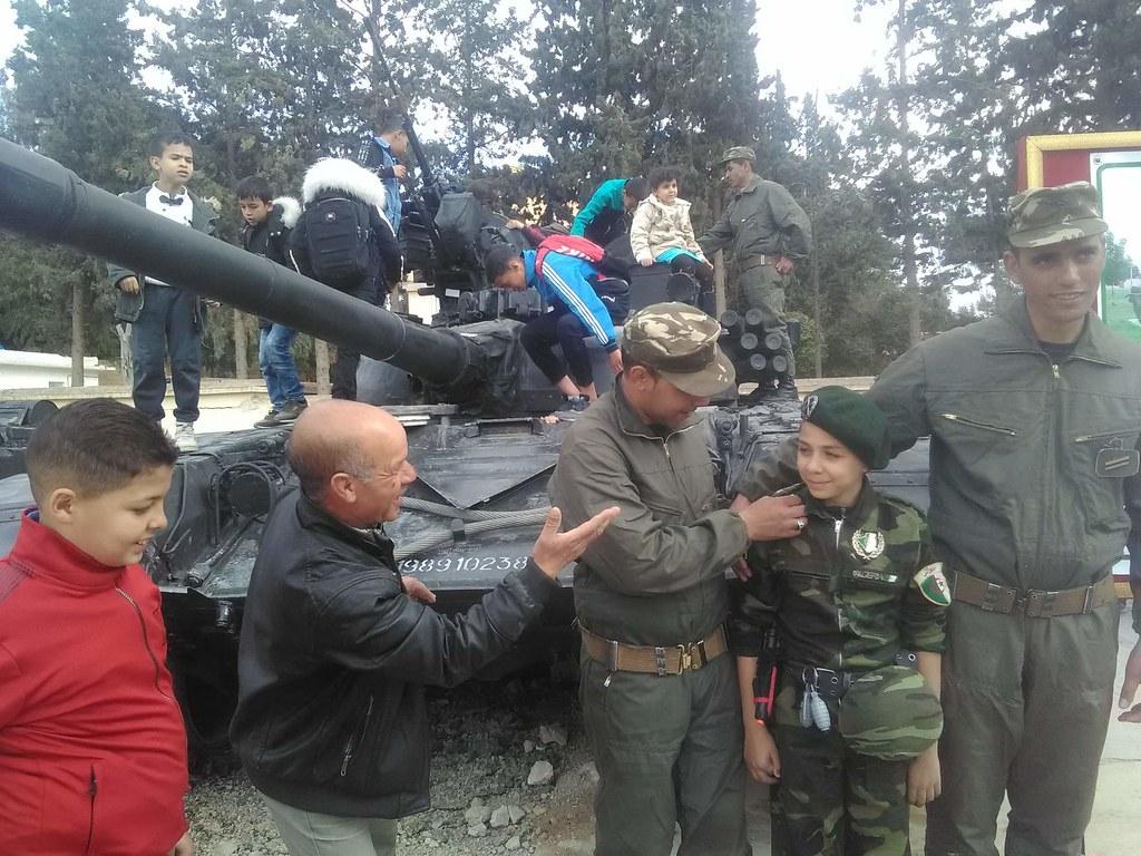 صور دبابات قتال رئيسية الجزائرية T-72M/M1/B/BK/AG/S ] Main Battle Tank Algerian ]   - صفحة 5 46953435915_64fcdd5089_b