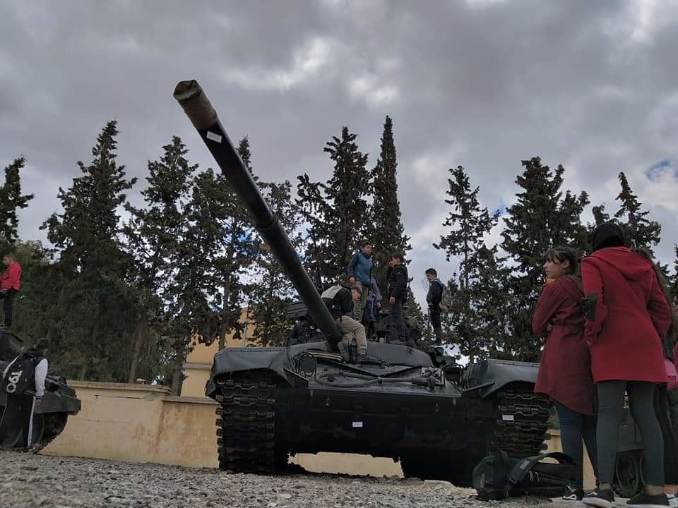 صور دبابات قتال رئيسية الجزائرية T-72M/M1/B/BK/AG/S ] Main Battle Tank Algerian ]   - صفحة 5 46953436285_b375ea13d5_b