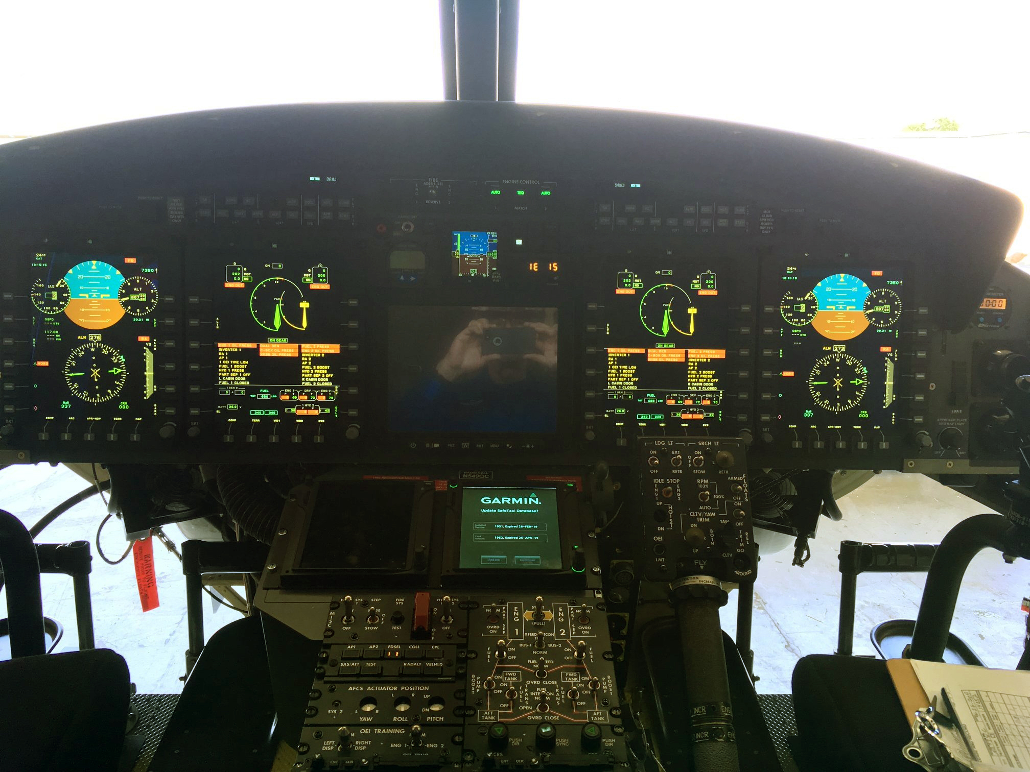 Bell 412 EPI ASW 46956489765_549bd72c68_o
