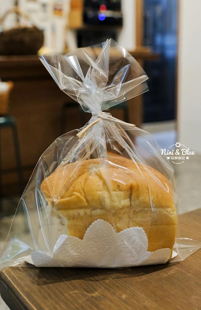 小雪 Casa.台中麵包21