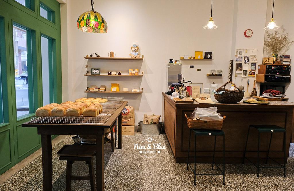 小雪 Casa.台中麵包19