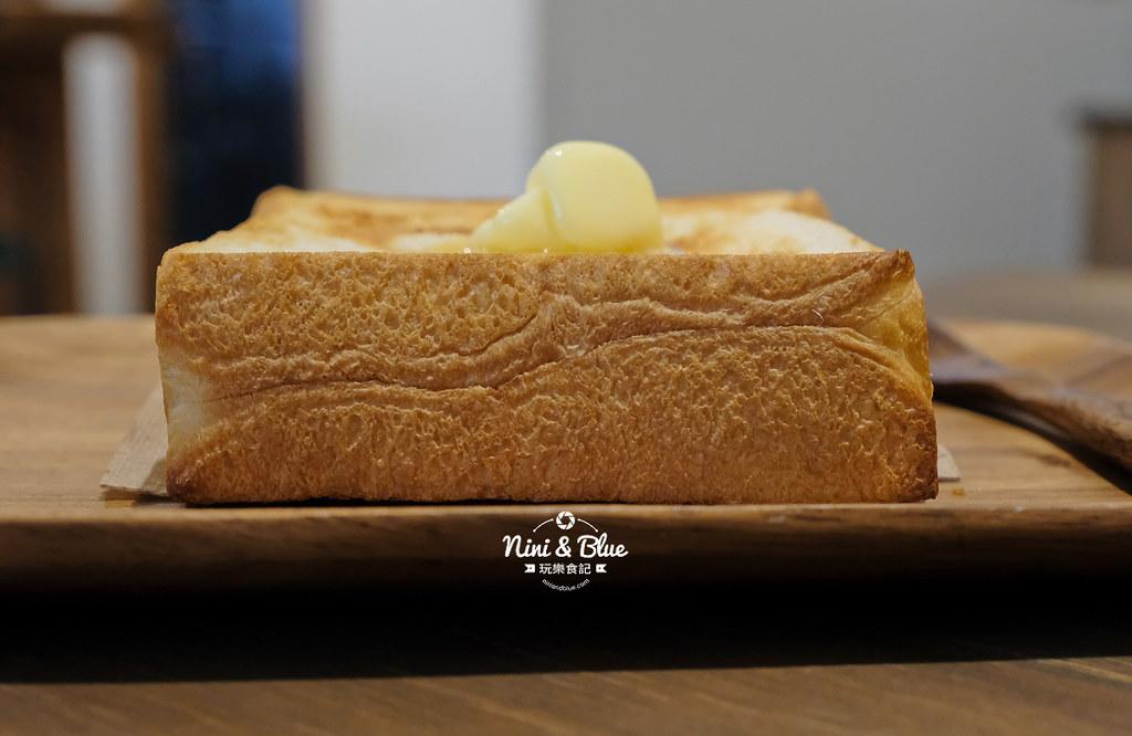 小雪 Casa.台中麵包14
