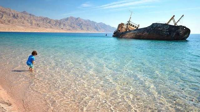 5119 10 Best Public and Private Beaches in Saudi Arabia 02