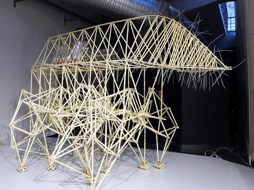 """Milano - Museo Nazionale della Scienza e della Tecnologia Leonardo da Vinci - """"Dream Beasts"""" (Le sculture cinetiche di Theo Jansen)"""