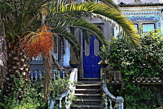 The blue door house!