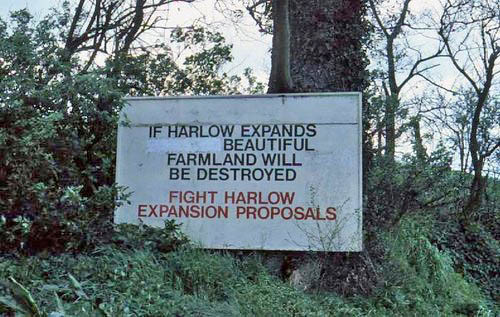 Anti Harlow expansion poster, Roydon, 1977 (8633)