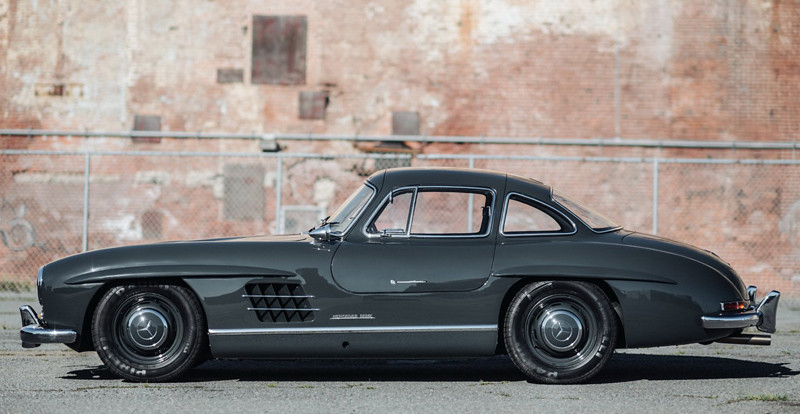 61d0df78-mercedes-300sl-gullwing-01