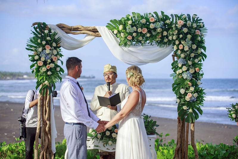 Foto prewedding paket rias makeup dress gaun bridal bali jakarta