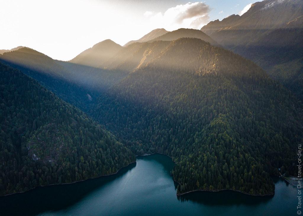 Lake-Ritsa-Abkhazia-Озеро-Рица-Абхазия-dji-mavic-0780