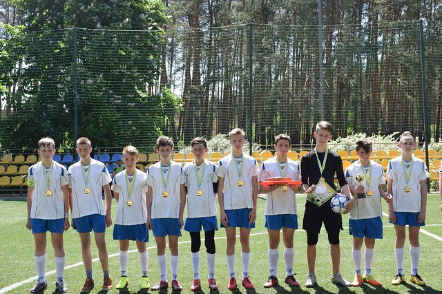 Відкрита першість з футболу Святогірської ЗСШІ І-ІІ ст. №12