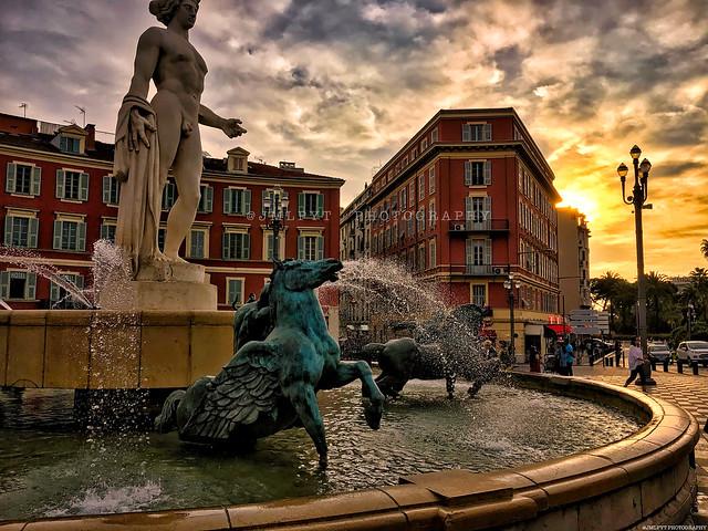Place Masséna Nice -2017-10-28-17.23.30-HDR