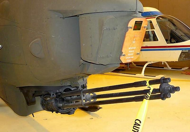 Bell AH-1F Cobra Gunship 00002