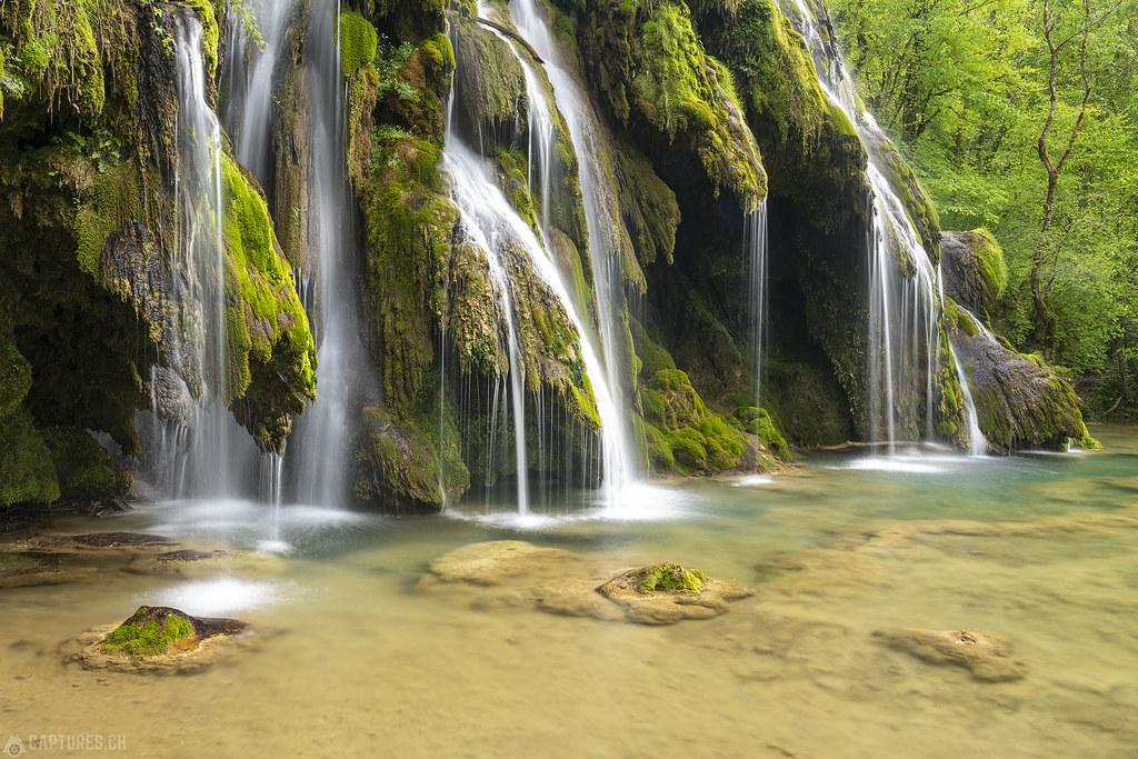Fairytaile waterfall - Cascade des Tufs