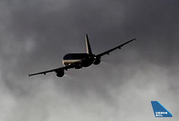 avion gris (S.Díaz)
