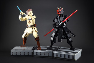 Obi-Wan and Darth Maul's lightsaber duel | by LEGO 7