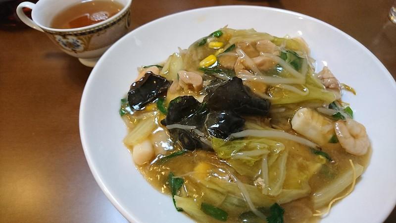 ゆうちゃんの餃子で皿うどん(大阪市都島区にある町中華)