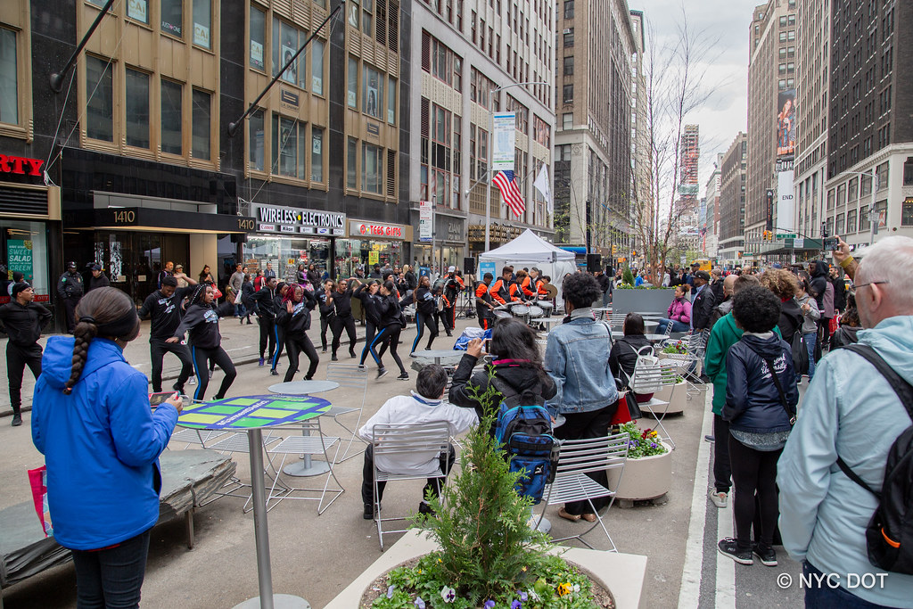 С улиц Нью-Йорка опять убрали машины