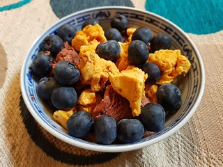 So Good Chocolate Almond Ice Cream, vegan honeycomb, blueberries