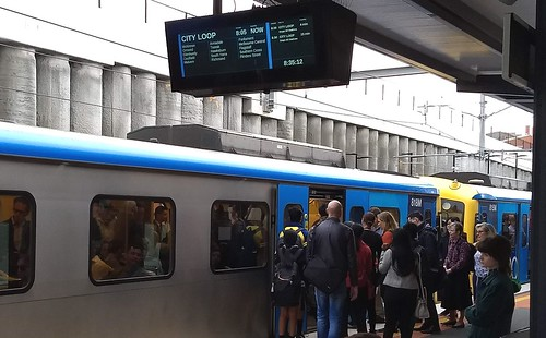 Bentleigh station train delays