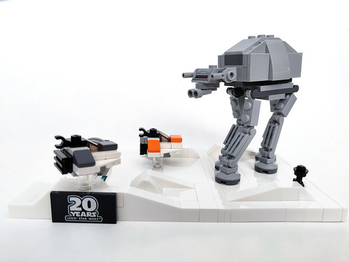 LEGO Star Wars Battle of Hoth - 20th Anniversary Edition (40333)