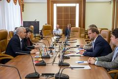 Встреча Константина Косачева c Чрезвычайным и Полномочным Послом Республики Куба в РФ Херардо Пеньяльвером Порталем