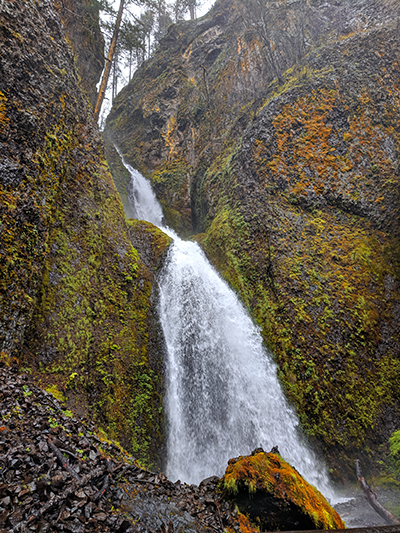 09portland-travel-guide-columbiarivergorge-wahkeena-falls