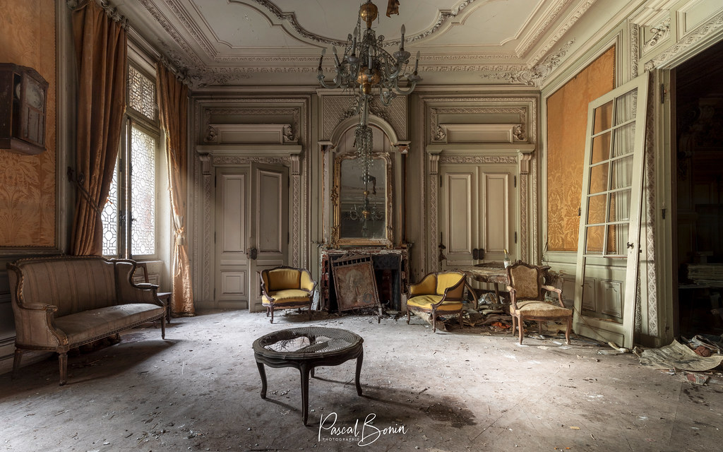 Château des trophées 46972891075_3b590e2336_b