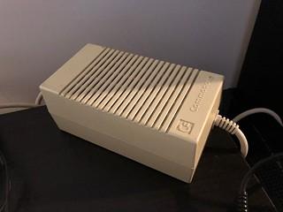 VDS Amiga 1200 + systeme Gotek 16 Gb, Ecran Amiga M1438S X68000 46973894184_f38b600dca_n