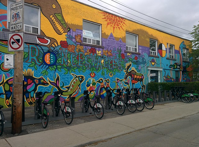 Mural after Norval Morrisseau on Garden Avenue just east on Roncesvalles, with bikes #toronto #roncesvalles #roncesvallesave #gardenave #mural #publicart #bike #norvalmorrisseau