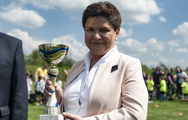 Wręczenie nagród na turnieju piłkarskim w Bytomiu.