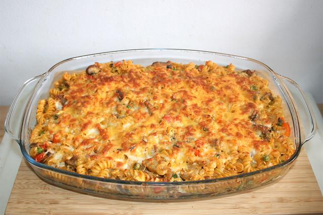 29 - Gyros with onion cream noodles - Finished baking / Gyros mit Zwiebel-Sahne-Nudeln - Fertig gebacken