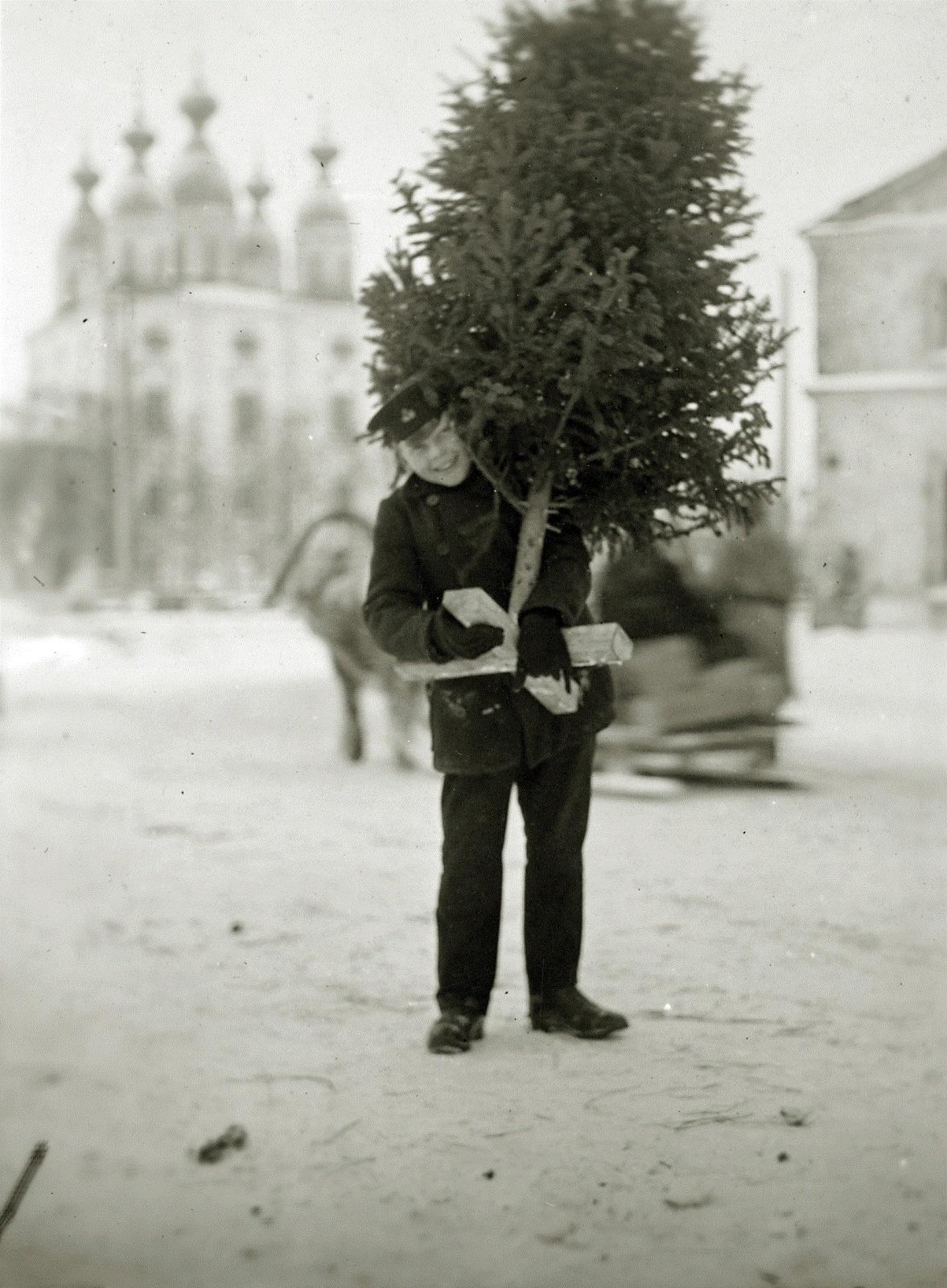 Архангельск. Горожане готовятся к Рождеству