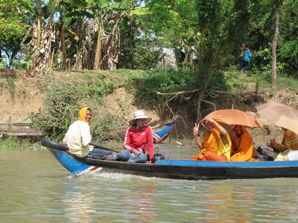 084-Cambodia-Tonle Sap