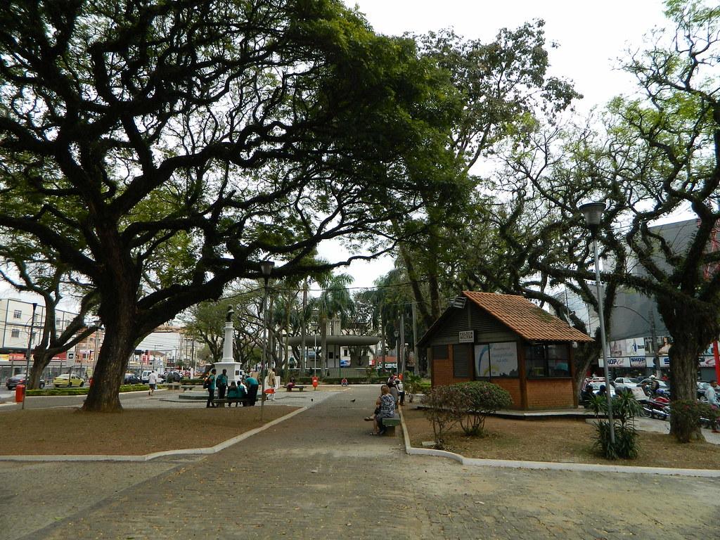 Praça do Largo do Riachuelo - Juiz de Fora (MG)