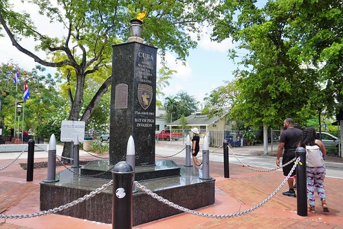 Walking Tour with Urban Adventures in Miami's Calle Ocho in Little Havana -  May 18, 2019 | by JenniferHuber