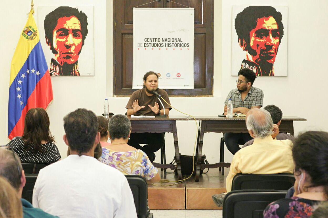 Lucha y resistencia de los pueblos del mundo se expone en conversatorio sobre agresiones y amenazas del imperialismo