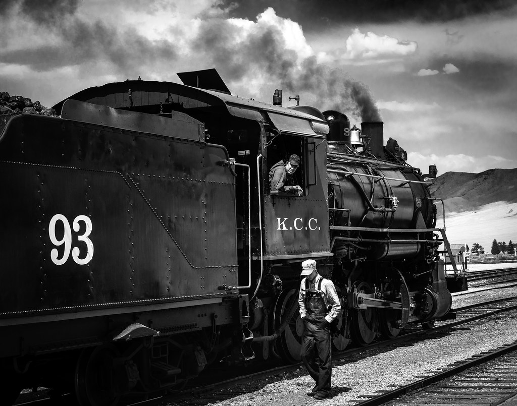 02469376422492-112-19-05-Iron Horse-12-Black and White