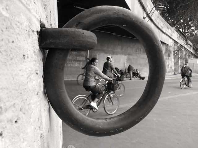 Cyclistes.. Cyclists...