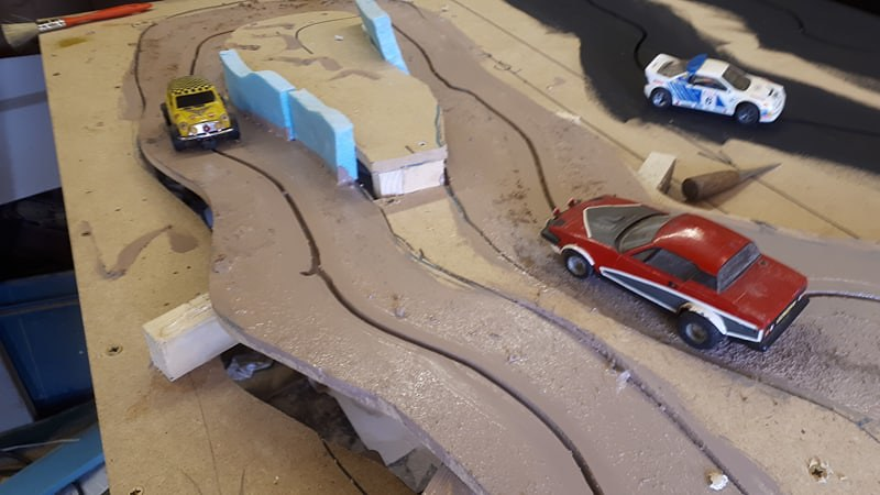 Slot car racing 46992204214_6eb5a0ce84_c