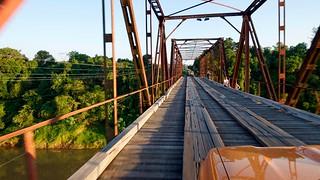 Ponte de Ferro sobre Rio Forqueta