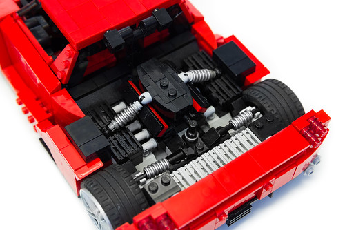 Enzo Ferrari 1:16 (22)