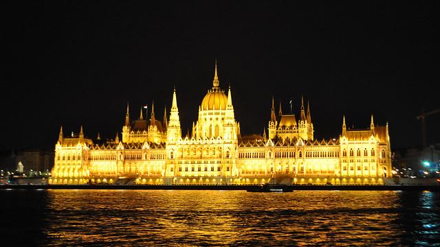 2018-04-27 Night in Budapest
