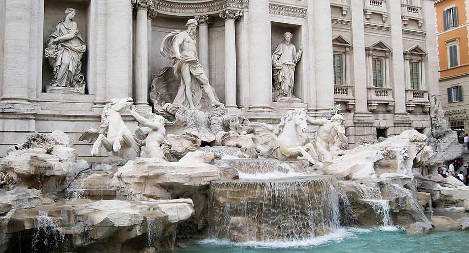 Bezienswaardigheden Rome: Trevi Fontein | Mooistestedentrips.nl