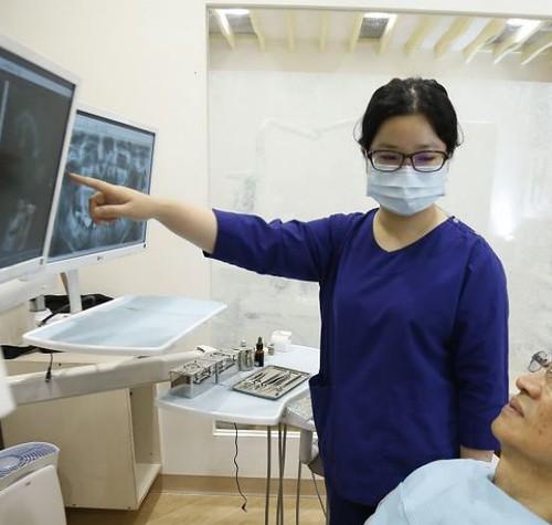 植牙成功率如何提升?板橋絕美牙醫的陳冠靜醫師分享5個你不知道的祕密
