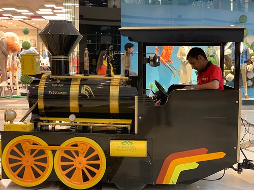 Mission Delhi - Toy Train Driver Surjeet, Ambience Mall, Gurgaon