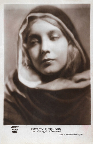 Betty Bronson as The Holy Virgin in Ben-Hur (1925)